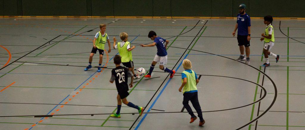 kick_off-5